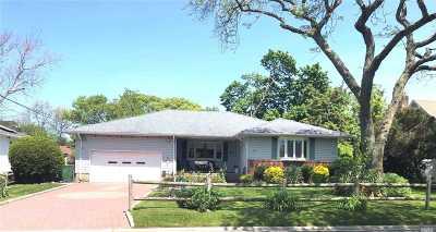 N. Babylon Single Family Home For Sale: 31 Kennedy Ave