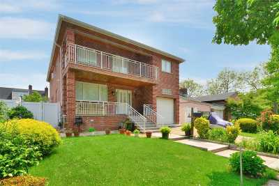 Bayside Single Family Home For Sale: 207-14 43 Ave