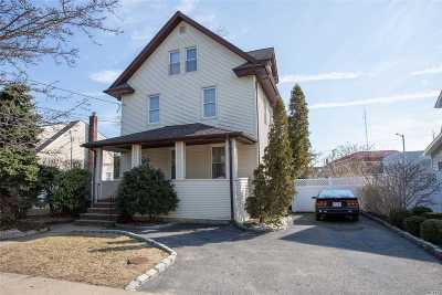 Bellmore Single Family Home For Sale: 113 Frederick Ave