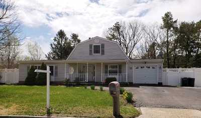 Medford Single Family Home For Sale: 276 Southaven Ave
