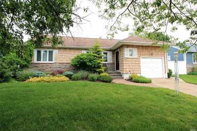 Baldwin Single Family Home For Sale: 2275 Charing Cross Rd