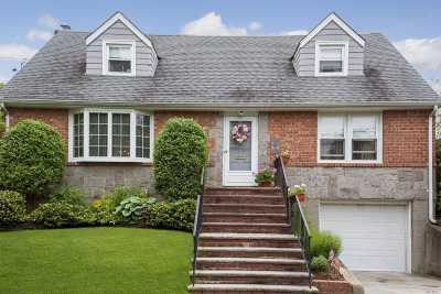 Floral Park Single Family Home For Sale: 67 Primrose Ave
