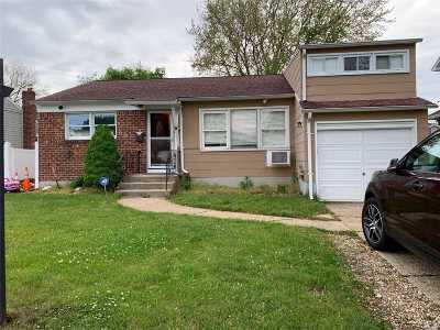 Hicksville Single Family Home For Sale