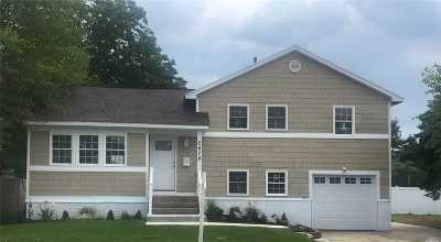 N. Bellmore Single Family Home For Sale: 2678 Elm Dr