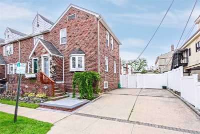 Lynbrook Single Family Home For Sale: 13 Putnam Ave