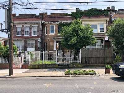 Brooklyn Multi Family Home For Sale: 464 Ridgewood Ave