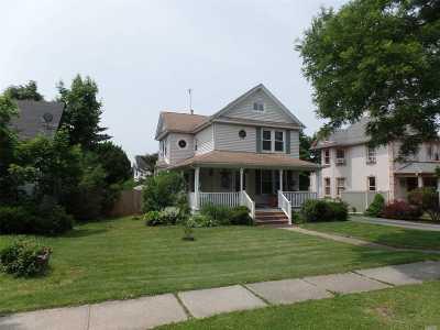 Freeport Single Family Home For Sale: 125 N Grove St