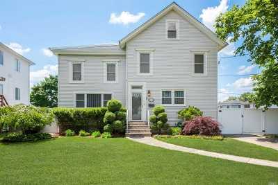 Seaford Single Family Home For Sale: 2086 Washington Ave
