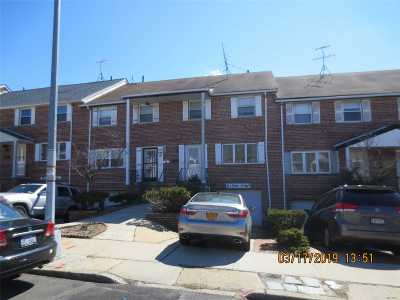 Douglaston Single Family Home For Sale: 240-08 66 Ave.