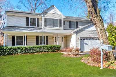 Oyster Bay Single Family Home For Sale: 100 Mill River