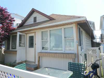 Nassau County Rental For Rent: 104 Wisconsin St #House