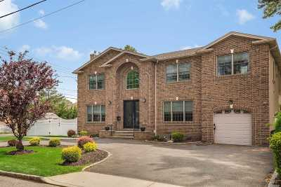 Woodmere Single Family Home For Sale: 301 Kirby Ave