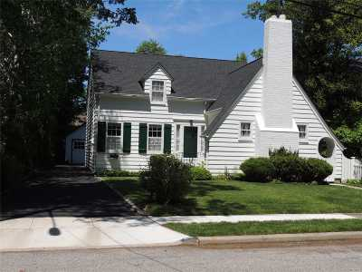 Wantagh Single Family Home For Sale: 3157 William St