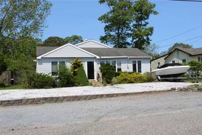 E. Quogue Single Family Home For Sale: 8 Marlin