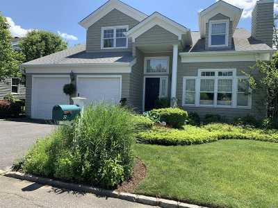 Oyster Bay Single Family Home For Sale: 37 Fieldstone Ln