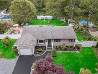 Medford Single Family Home For Sale: 87 Lincoln Rd