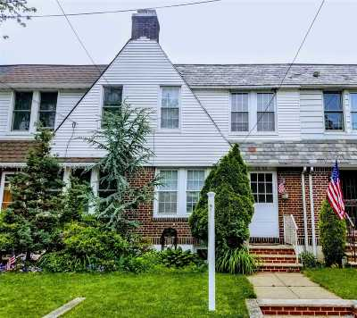 Middle Village Single Family Home For Sale: 6555 77 Pl