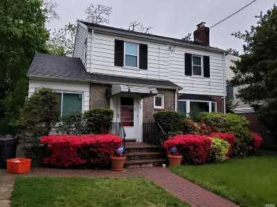 W. Hempstead Single Family Home For Sale: 428 Elm St
