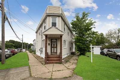 Hempstead Multi Family Home For Sale: 119-125 Linden Ave