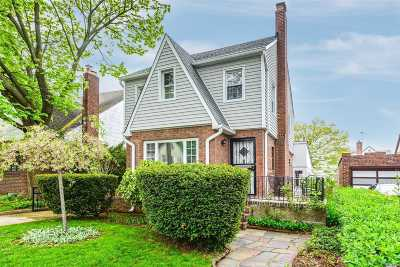 Bellerose, Glen Oaks Single Family Home For Sale: 80-51 236th St