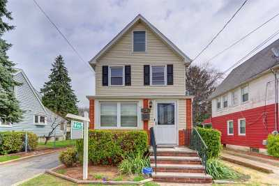 Floral Park Single Family Home For Sale: 85-35 264th St