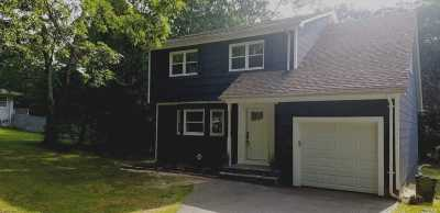 Brookhaven Single Family Home For Sale: 20 Belleview Ave