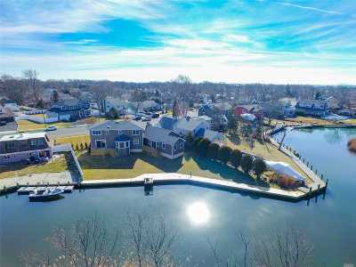 Massapequa Single Family Home For Sale: 63 W Shore Dr