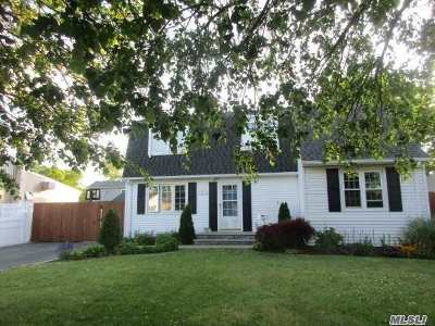 Babylon Single Family Home For Sale: 48 Nehring Ave