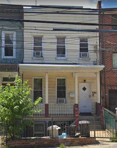 Astoria, Long Island City, Sunnyside, Woodside, Jackson Heights Multi Family Home For Sale: 3080 Crescent