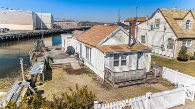 Inwood Single Family Home For Sale: 5 Chestnut Rd
