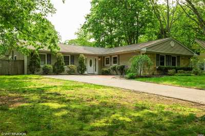 Stony Brook Single Family Home For Sale: 47 Spencer Ln