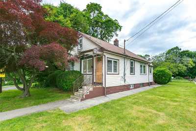 Locust Valley Single Family Home For Sale: 86 Cross St