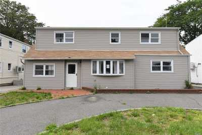 Oceanside Single Family Home For Sale: 322 Perkins Ave
