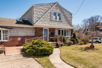 W. Hempstead Multi Family Home For Sale: 92 Brixton Rd