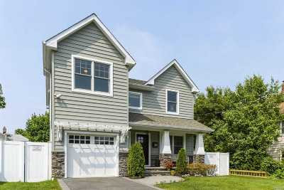 Locust Valley Single Family Home For Sale: 42 Soundview Ave