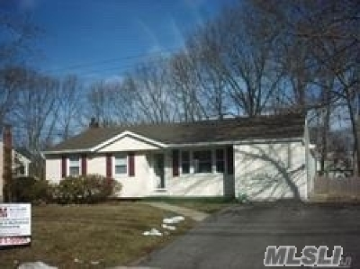 Ronkonkoma Single Family Home For Sale