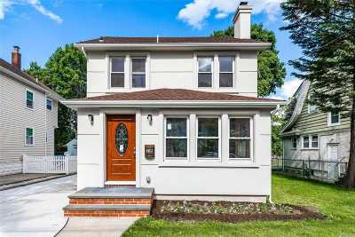 Floral Park Single Family Home For Sale: 29 Elm Ave