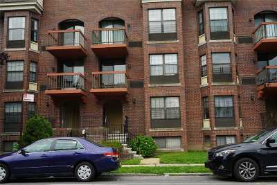 Fresh Meadows Condo/Townhouse For Sale: 71-14 164th St #1 FL