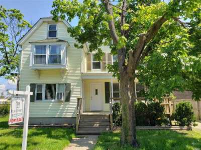 Oyster Bay Single Family Home For Sale: 16 Walnut Pl