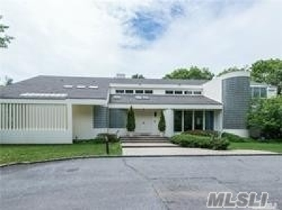 Old Westbury Single Family Home For Sale: 153 Bacon Rd
