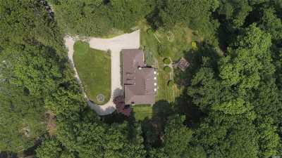 Stony Brook Single Family Home For Sale: 3 Brackenwood Path