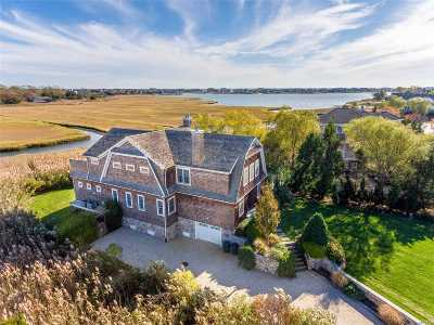 Quogue Single Family Home For Sale: 24 Meadow Ln