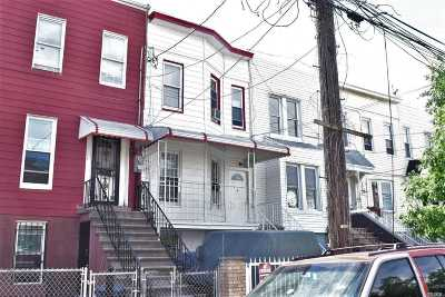 Brooklyn Multi Family Home For Sale: 510 Chestnut St