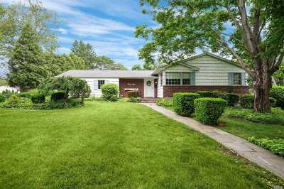 E. Northport Single Family Home For Sale: 38 Cherrywood Dr
