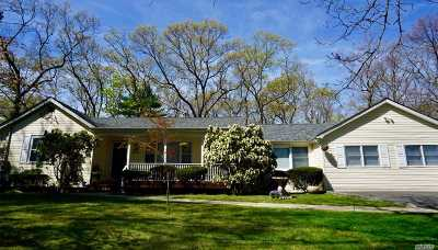 Greenlawn Single Family Home For Sale: 239 Stony Hollow Rd