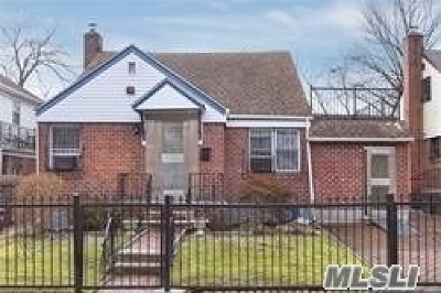 Fresh Meadows Multi Family Home For Sale: 197-22 56 Ave