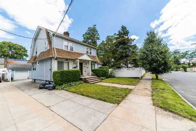 Queens Village Single Family Home For Sale: 10917 223 St
