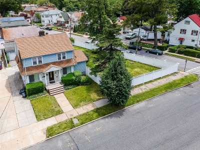 Queens Village Single Family Home For Sale: 10917 223rd St