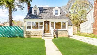 Roosevelt Single Family Home For Sale: 321 Washington Ave