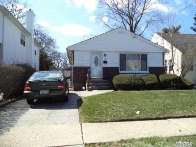Queens County, Nassau County Single Family Home For Sale: 70 E Marshall St